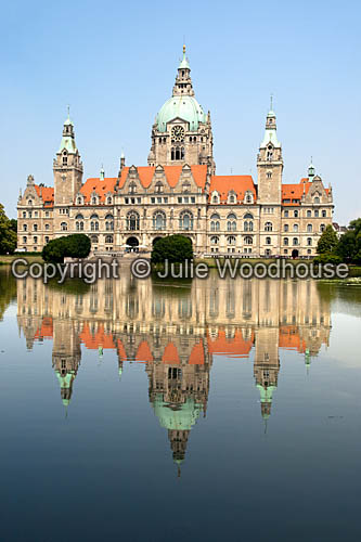 photo showing Neues Rathaus, Hannover, Lower Saxony, Germany